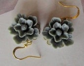 Grey floral earrings