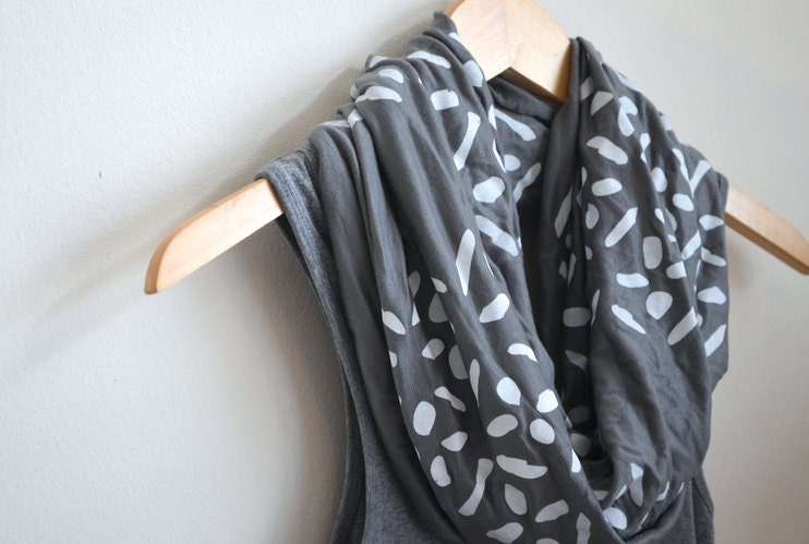 INFINITY SCARF - Screen Printed -  White Cross-Diamonds on Gray