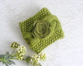 Green coffee cup cozy, coffee cup sleeve, braid knit coffe cup cozy, travel mug, hostess gift