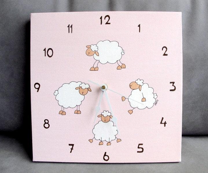 horloge horloge chambre de b b les enfants toile mouton rose. Black Bedroom Furniture Sets. Home Design Ideas