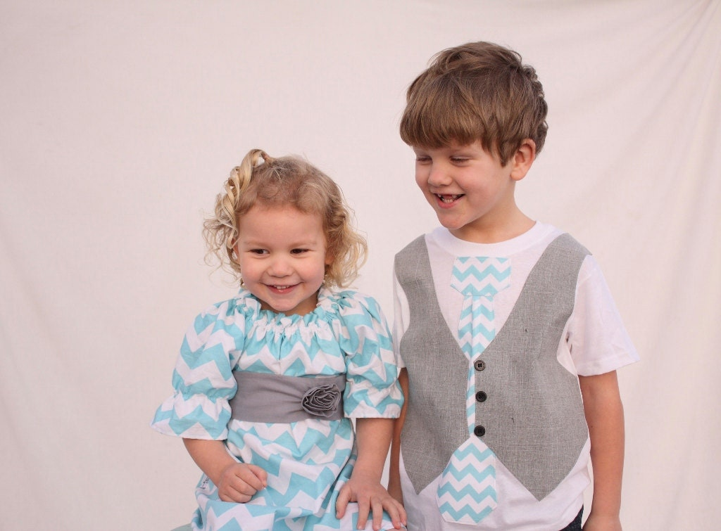 A nice Easter weekend (quick Easter/Spring clothing ideas) Find this Pin and more on Matching Sibling Outfits:) by Bethanie McKinney. Make some quick Easter outfits for your forex-2016.ga boy tie, shirred waistband skirt, and shirred dress with tie bows.