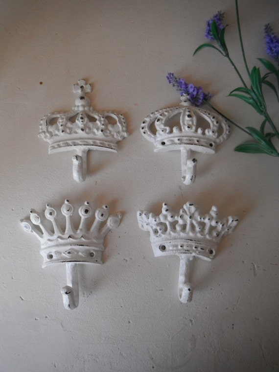 white wall hooks set of 4 shabby chic hooks crown by shabbyroad. Black Bedroom Furniture Sets. Home Design Ideas