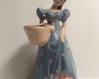 Kim Ward Hollywood Vintage Figurine