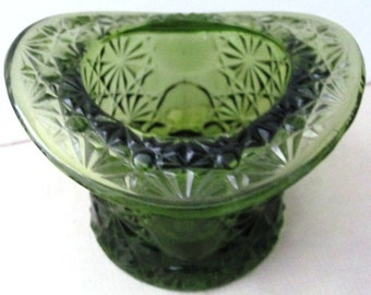 Vintage Green Large Glass Daisy & Button Top Hat