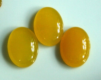 2 pcs Yellow Honey, Agate 18x25 mm oval cabochon