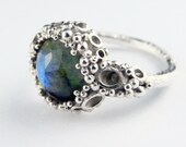 Corally ring, Sterling Silver with 10mm Labradorite