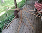 Vintage Folding Clothes Drying Rack.