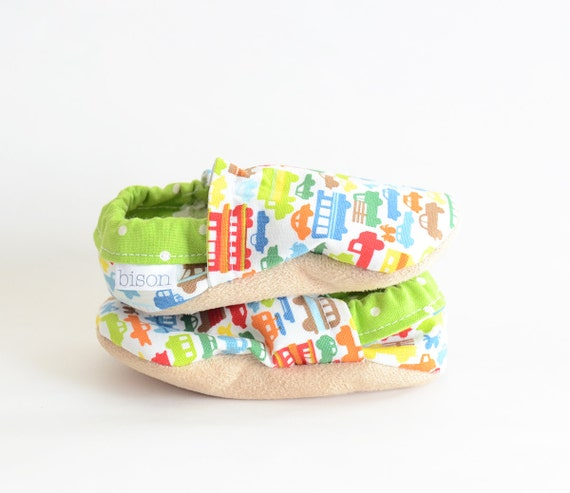Beep Beep Bison Booties Newborn Size 6 to 12 Months Baby shoes Ready to Ship Cars