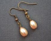 Champagne Teardrop Pearls . Earrings