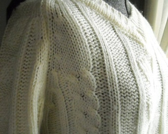 Cream Acrylic VNeck Sweater Vanilla Cream Adorable Cable and Leaf Design Ski Sweater Small