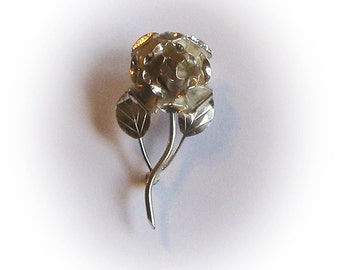 Lovely Sterling Silver Rose with Leaves and Stem Brooch