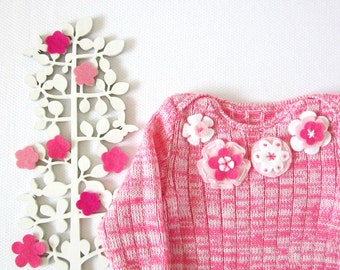 Knitted ribbed onesie in blended pink with felt flowers. Warm legs. 100% wool. READY TO SHIP size newborn.