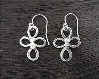 Handmade Artisan Small Flower Earrings in Sterling Silver (E13)
