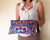 Hmong Wristlet Clutch Hippie Style Ethnic Thai Boho Medium Size Embroidered Bag