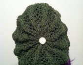 Emerald slouchy knit beret with white button accent.
