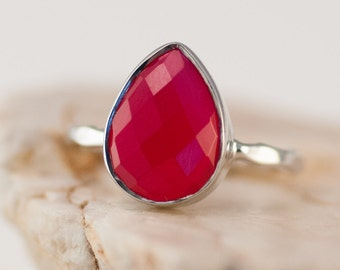 40 0FF - Fuchsia Pink Chalcedony Ring - Gemstone Ring - Stacking Ring - Sterling Silver Ring - Tear Drop Ring