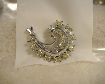 Vintage 1960s Ornate Clear Crystal Brooch