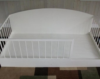 Twin size children's bed