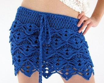 Waves crochet mini skirt in electric blue