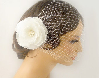 Bird Cage Veil,  Flower Cage Veil, Bridal Veil, Short Veil, Wedding Veil,  Flower Headpiece Wedding Hair Accessory, Bridal Hair Accessory