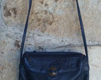 1980s CROSSBODY LEATHER BAG vintage mini shoulder pouch alligator reptile purse