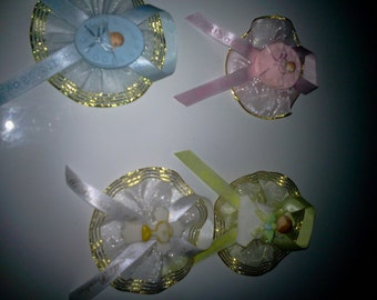 Custom unpersonalized  simple  Baby shower/birthday  corsage &25   pinons/capias