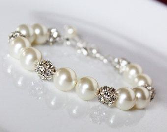 Pearl Wedding Bracelet, Rhinestone Bridal Bracelet, Swarovski Cream Pearls, Vintage Style, Bridesmaids Wedding Bracelet