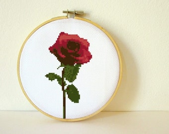 Counted Cross stitch Pattern PDF. Instant download. Rose. Includes easy beginner instructions.