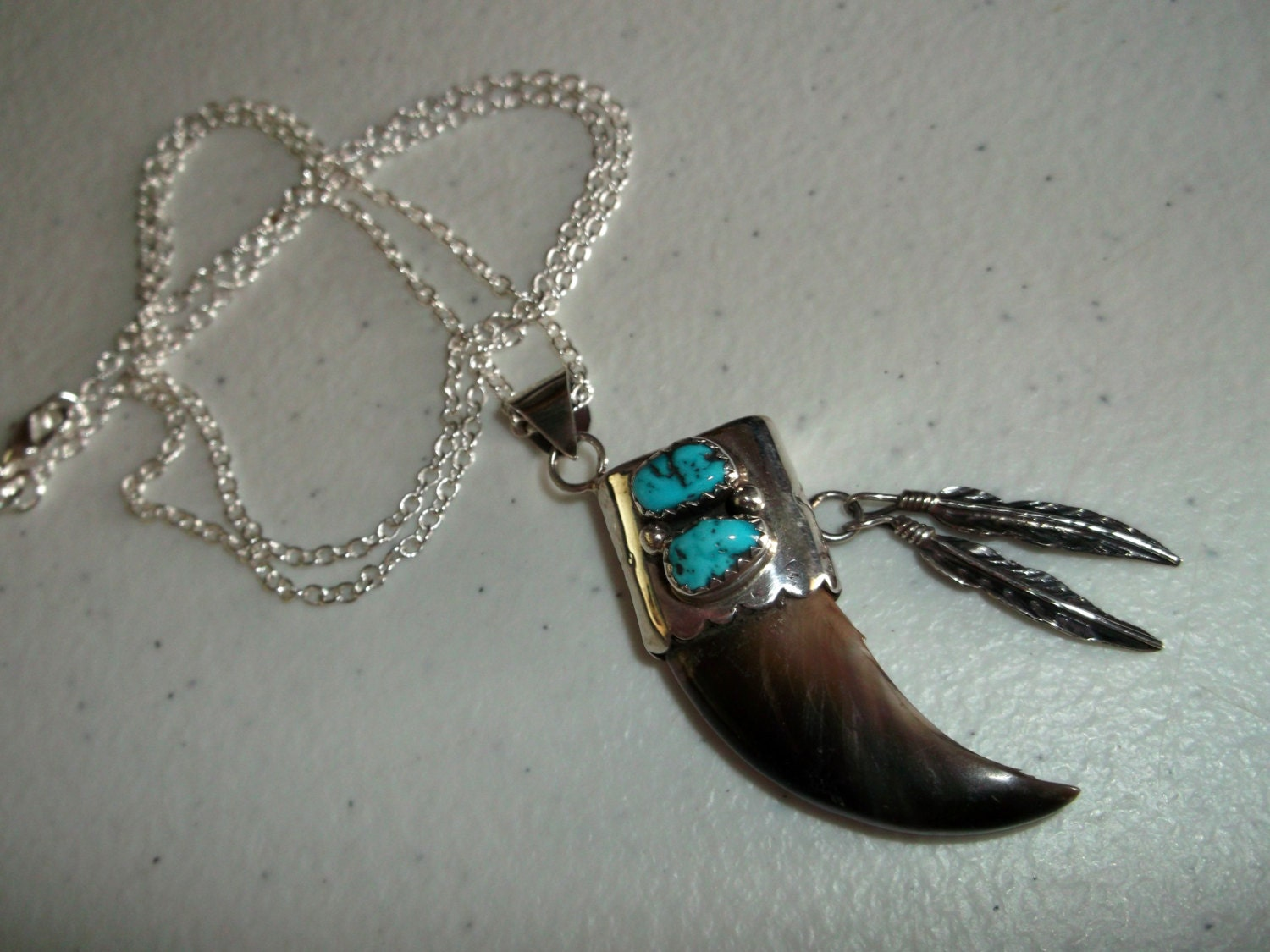 Real Bear Claw Necklace Beautiful Native American Made