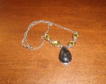 vintage necklace black yellow stones