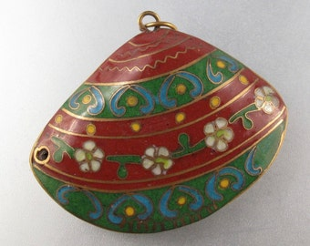 VINTAGE CHINESE CLOISONNE bead pendant. green. rust.  flower. supply  No.0027