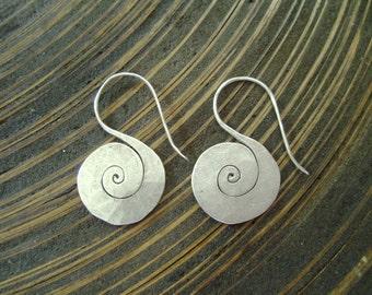 Tribal  Silver Earrings - The Spiral Shell (2)