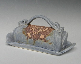 Daisy Lace-Impressed Ceramic Butter Dish