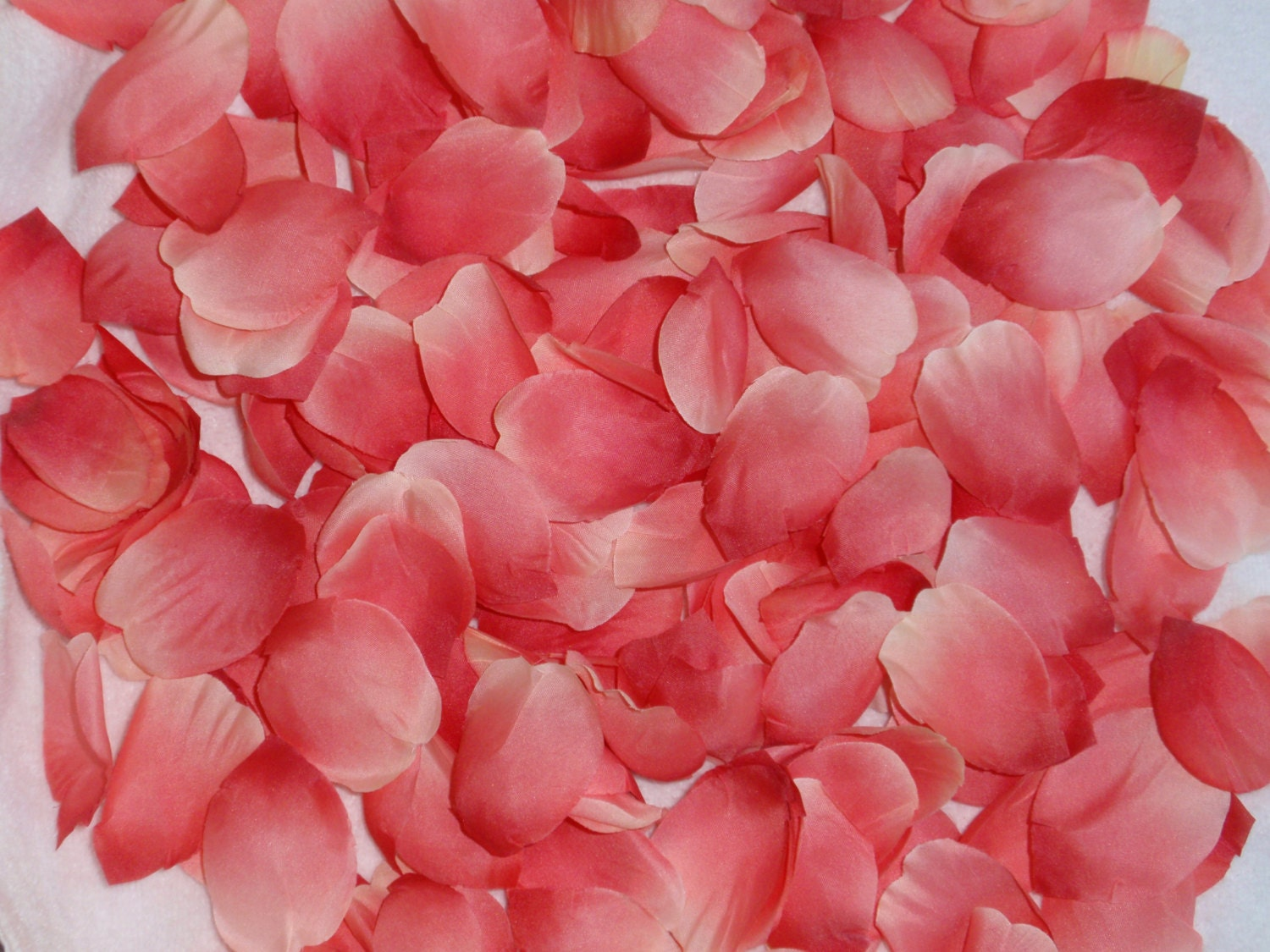 200 Silk Rose Petals CORAL Wedding Flower Decorations Party