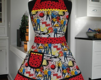 Womens Apron-Star Trek Comic Book Style Print Double Skirted Apron