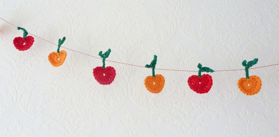 Crochet Garland SALE 12 Apples Garland Crochet Apple Garland in Orange and Red, gift under 20