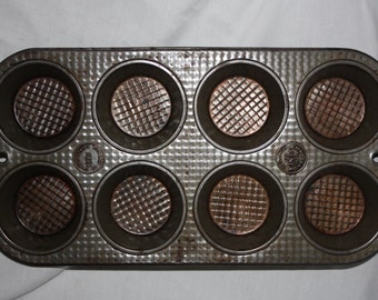 Vintage Cupcake Muffin Kitchen Cooking Tin