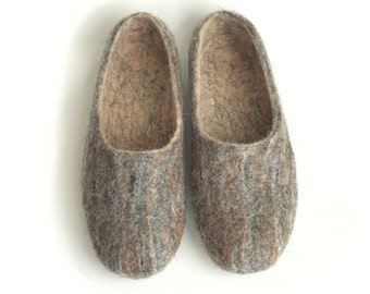 Handmade wool felted slippers - black brown camel color mix - wild wild west
