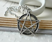 Wicca grand Pentacle pendentif charme Ball Chain