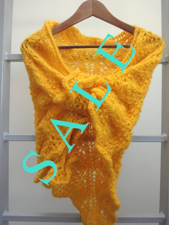 FREE SHIPPING.  Triangle yellow lace shawl.   SALE