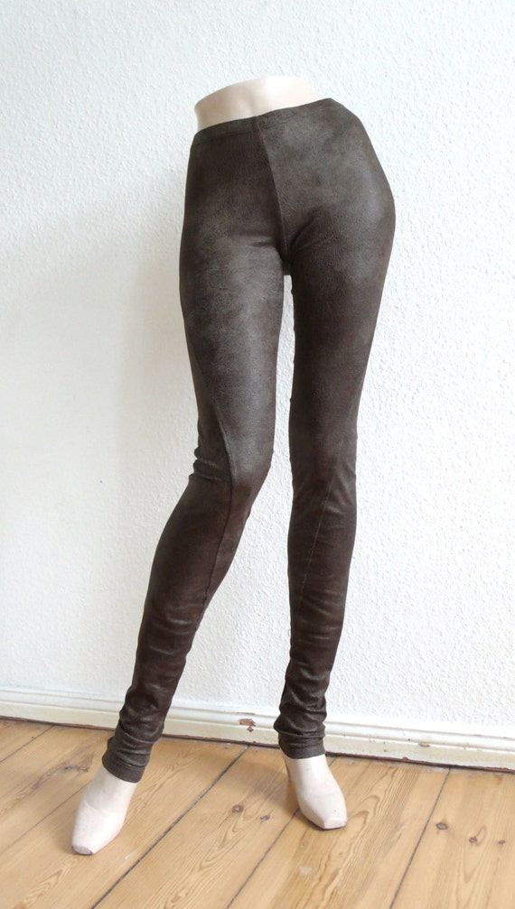Brown (1) Coral (1) Mint (1) Mocha (1) Navy (1) Pink (1) These are our Premium Matte Faux Leather Leggings and they are simply a great fitting, comfortable and stylish legging. The leather material is a very soft and ultra comfortable faux leather fabric that layers your legs in stylish black leather style.