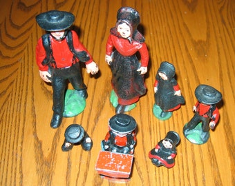 Metal 7 Piece AMISH FAMILY with Metal School Desk-- Hand Painted Vintage 50s