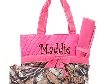 Personalized Diaper Bag Set - Camo and Hot Pink Quilted Diaperbag
