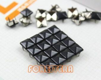 50Pcs 8mm Black Color PYRAMID Studs (C-BL08)