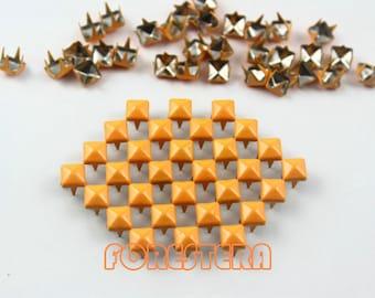 50Pcs 5mm Bright Orange Color PYRAMID Studs (CP-2007-05)
