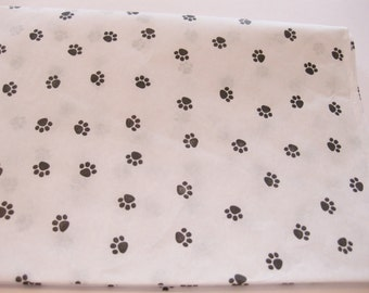 "50 Sheets of Black Small Paw Print on White Tissue Paper (20"" x 30"")"