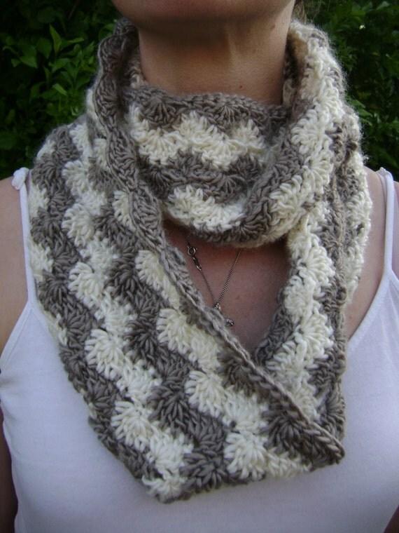 Crochet Pattern - Crochet Cowl Pattern - Shell Ripple - PDF Pattern from Rebe...
