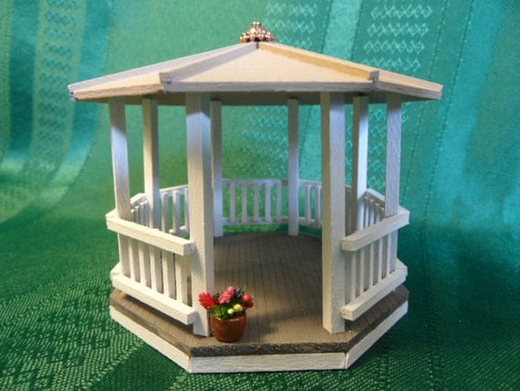 Miniature Gazebo For Dollhouse Quarter Scale Handmade