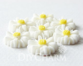 White Color Resin Flower Daisy Cameo Cabochon 13x13mm - 20Pcs - AD23791