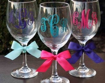 8 Personalized Monogrammed Bride and Bridesmaid Wine Glasses
